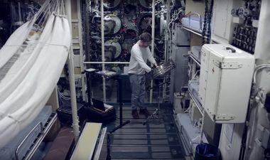clip musical clement bazin à bord du sous-marin