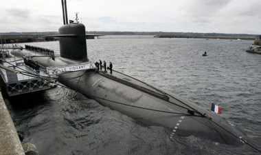 image archive sous-marin sur l'eau