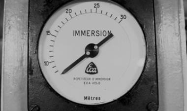image d'archive tableau de bord sous-marin
