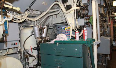 maintenance du sous-marin flore