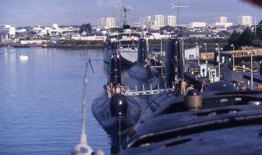 sous-marin à quai à lorient