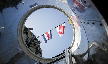 drapeaux et sous -marin