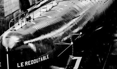 image d'archive sous-marin le redoutable