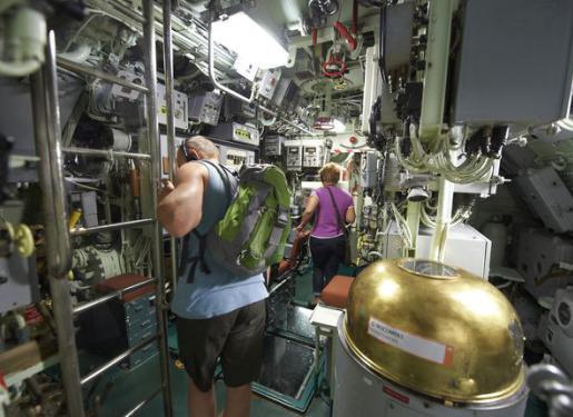 Sortie groupe bretagne association ce et cos lorient for Interieur sous marin