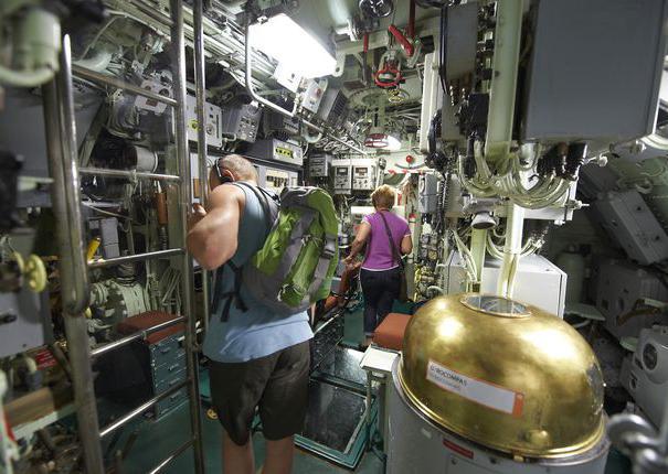 sous-marin-flore-lorient-interieur