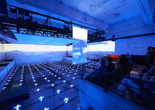 projection son et lumières au sous-marin flore