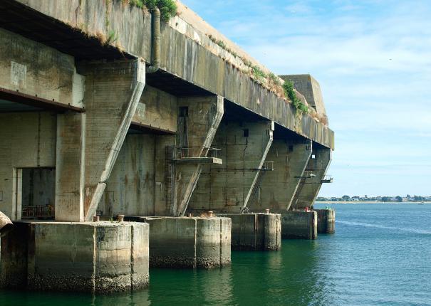 The submarine base Lorient Harbour - Lorient La Base